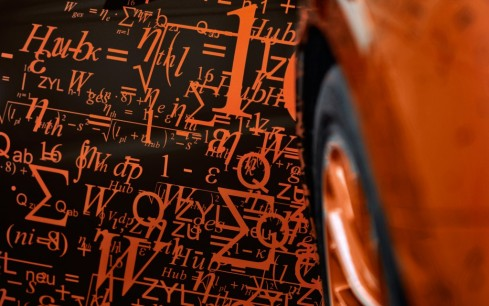 Bugatti-Veyron-Grand-Sport-door-equation-close-up-1024x640