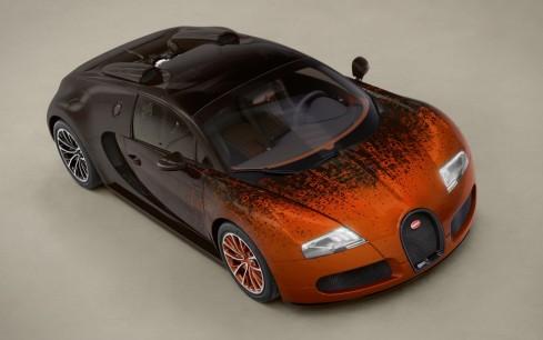 Bugatti-Veyron-Grand-Sport-overhead-shot-2-1024x640