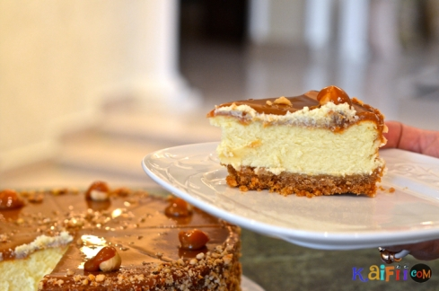 DSC_0029hazelnut caramel cheesecake