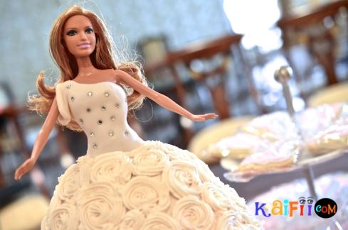 DSC_0253barbie cake