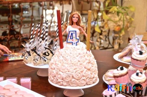 DSC_0289barbie cake