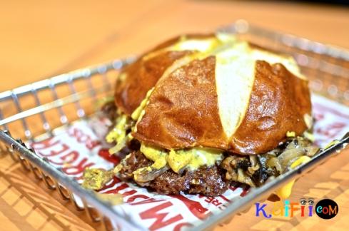 DSC_0519smash burger