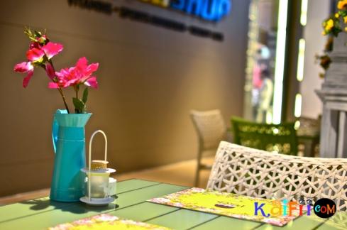 DSC_0550porch cafe