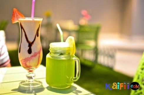 DSC_0582porch cafe
