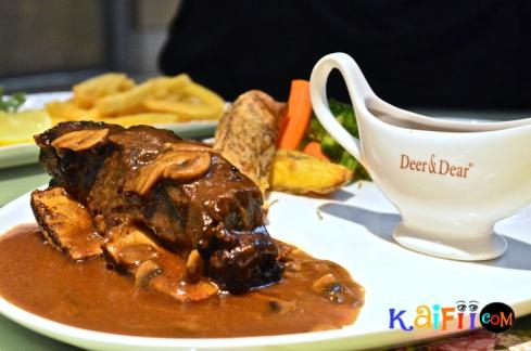 DSC_0631porch cafe