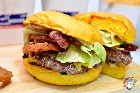 DSC_0490full house burgers