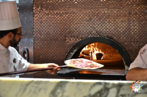 DSC_0589harrods pizzaria