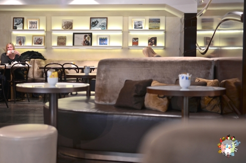 DSC_0828godiva cafe
