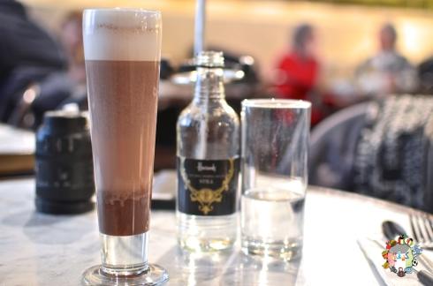 DSC_0836godiva cafe
